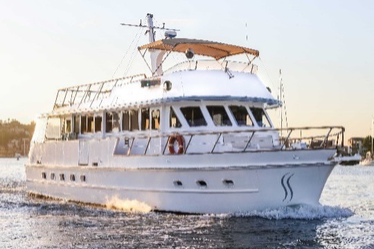We are pleased to confirm our 60ft motor yacht is participating in the Harbour of Lights Parade, giving us prime viewing of both firework displays for her New Years Eve cruise.